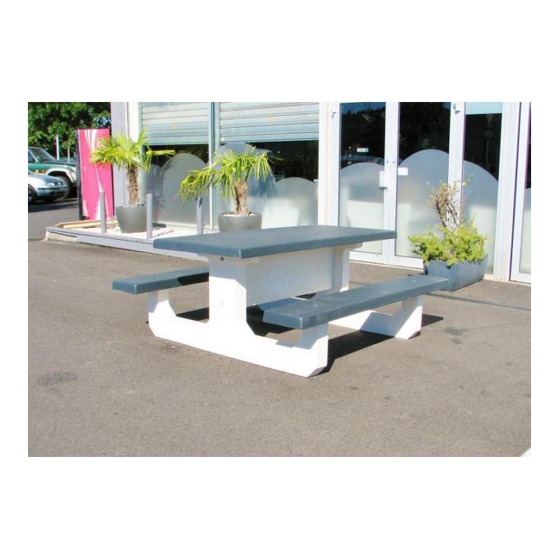 table pour aire de repos en bois et b ton table pour aire d 39 autoroute en bois et b ton. Black Bedroom Furniture Sets. Home Design Ideas